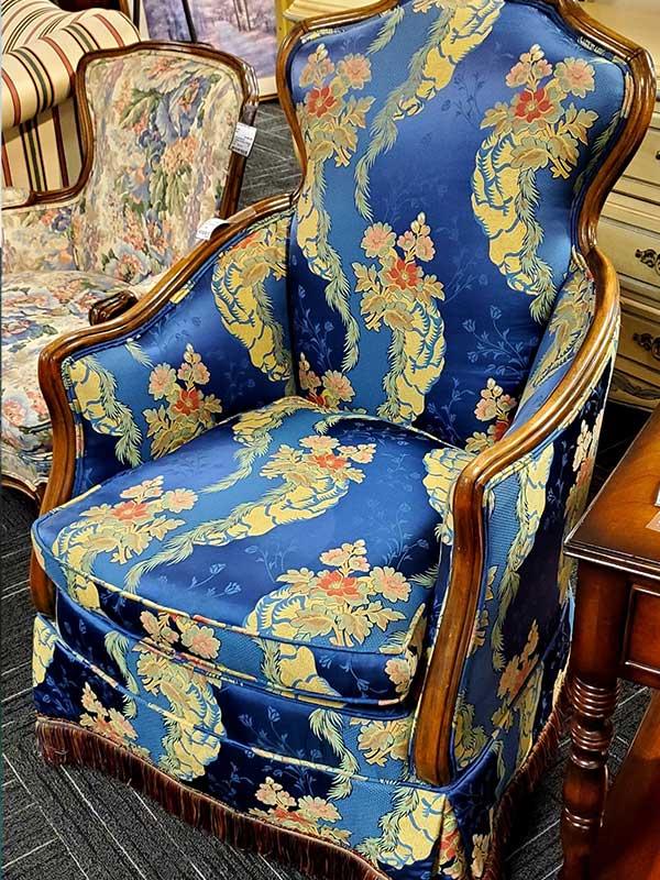 americas_attic_fancy_chair